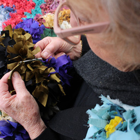 Make your own rag rug with textile artist Beverly Cox.