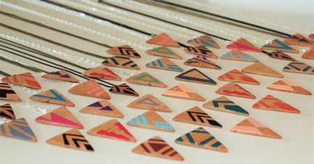 Handmade natural wood pendants by Lila&I.